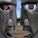 8th Wall's Web AR Brings Album Art of Pink Floyd to Life